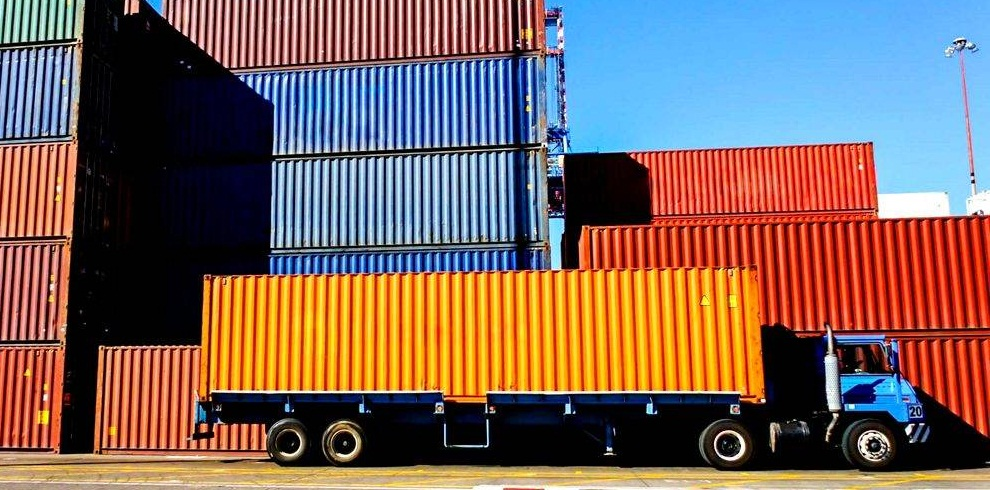 Things You Need To Look For When Buying A Shipping Containers
