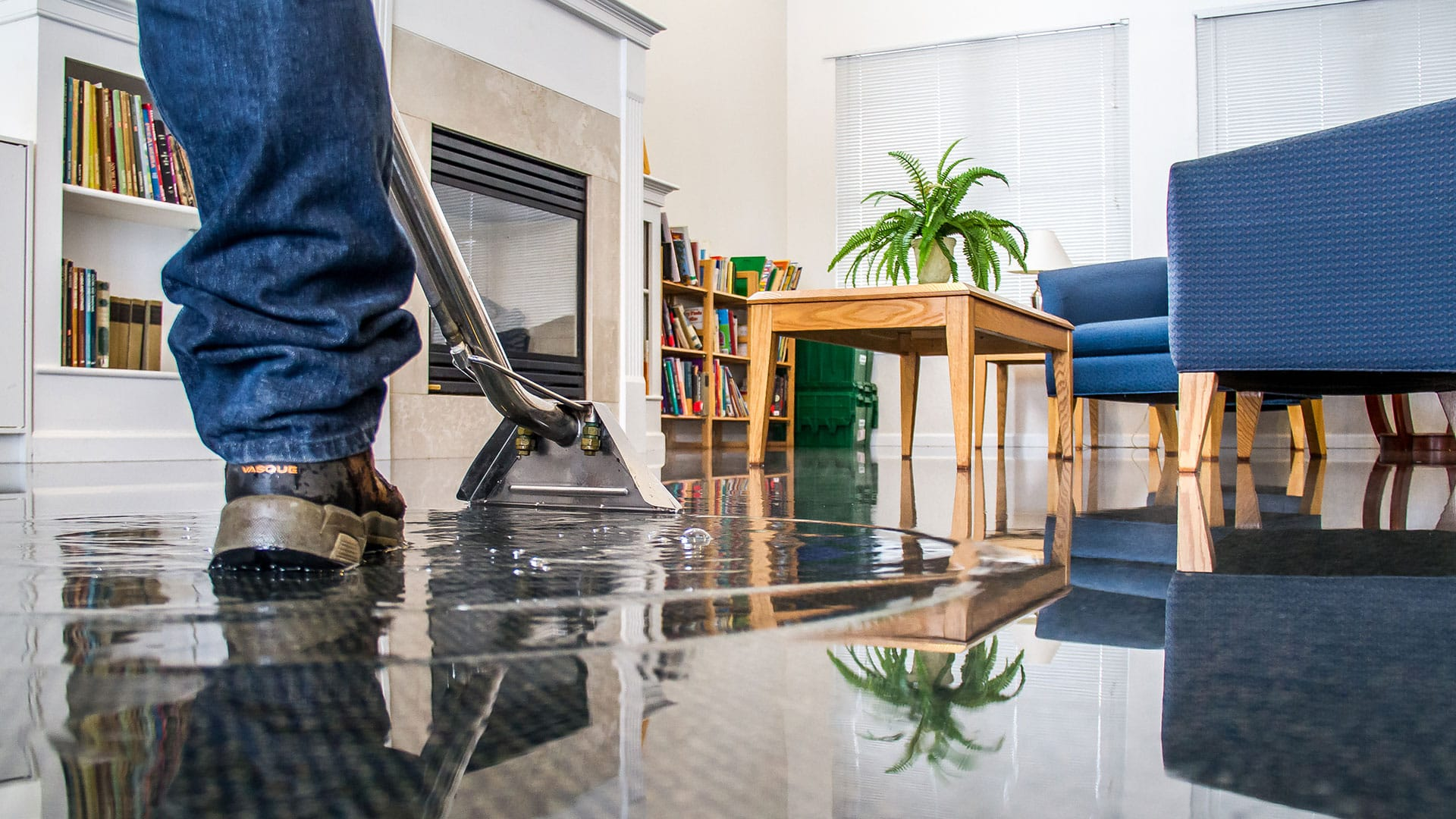 Need To Designate A Professional For Carpet Water Damage Restoration Assistance